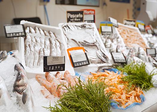 Come pulire il pesce: trucchi e consigli per le diverse tipologie