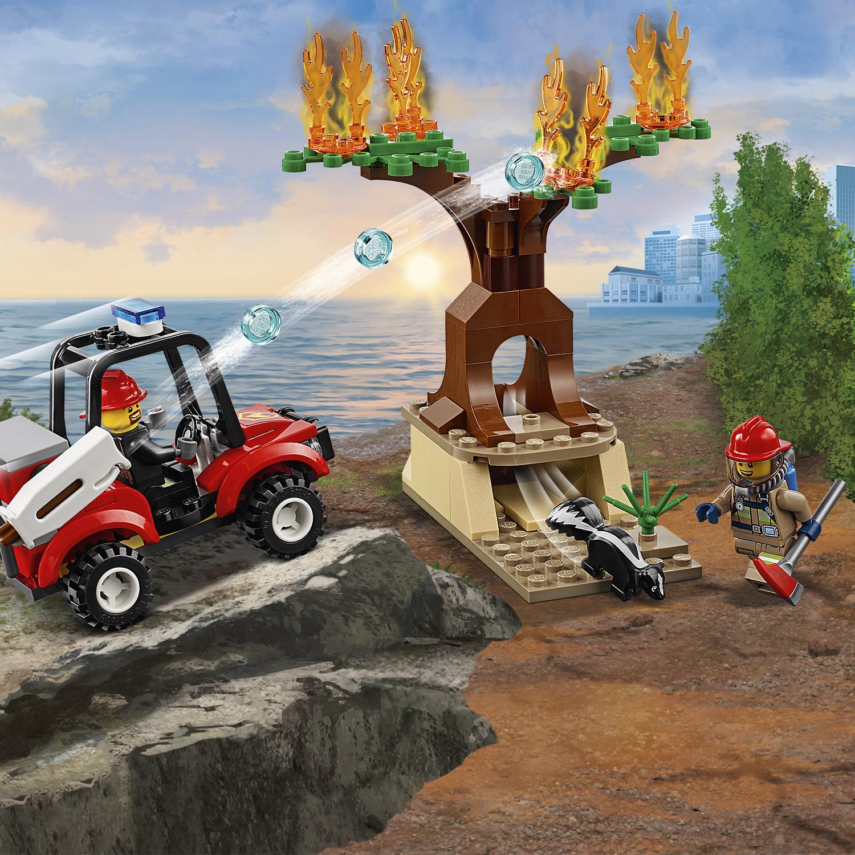 LEGO CITY 60217 aereo antincendio